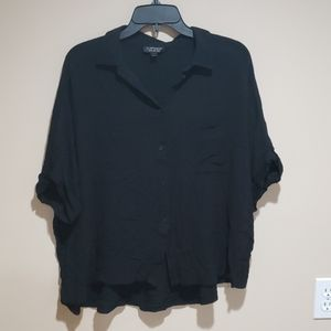 TOPSHOP BUTTON DOWN SHIRT WITH POCKETS